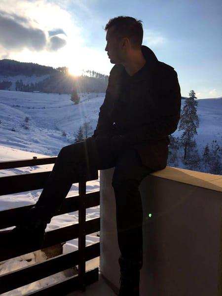 Tristan Tate s-a mutat în România de aproximativ trei ani.