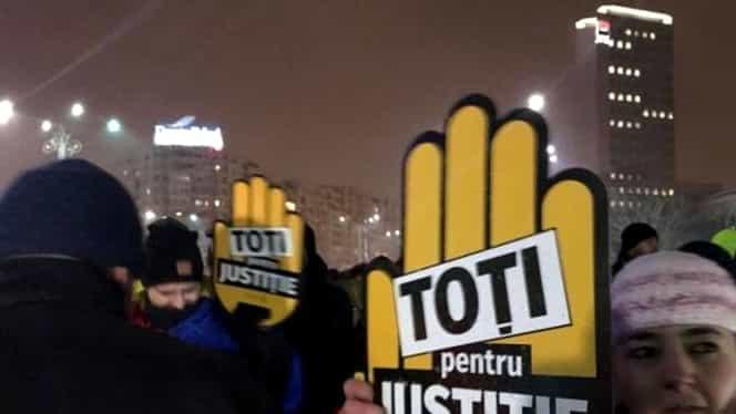 Protest de susţinere a şefei DNA, în faţa Guvernului!