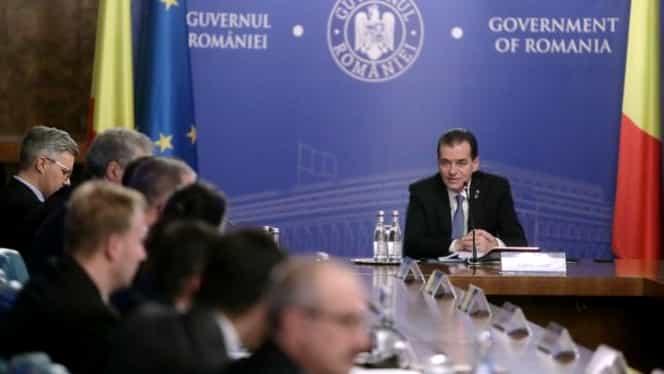 Ludovic Orban a convocat şedinţă de Guvern în mini-vacanţa bugetară. Actele de pe masa premierului