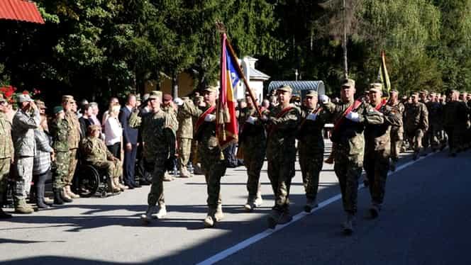 Mesaje speciale de 1 decembrie: Militarii români ne transmit urările lor de Ziua Națională a României. VIDEO