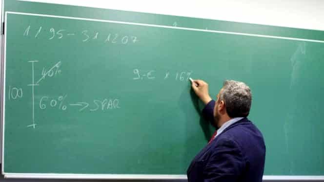 Profesorii vor să iasă mai devreme la pensie. Motivul: Elevii au probleme de comportament