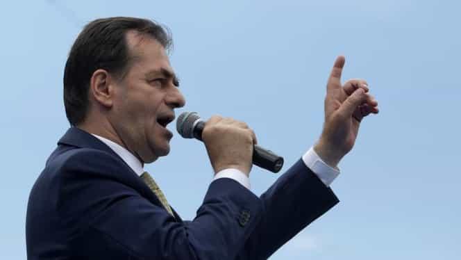 """Mesajul premierului Ludovic Orban de Ziua Națională a României: """"Am reușit să lăsăm în urmă, prin vot, ceea ce a frânat progresul"""""""