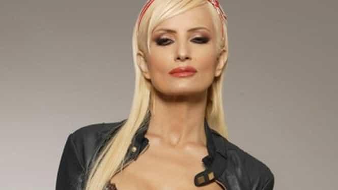 Transformare şocantă a Danielei Gyorfi! Doamne, ce a îmbătrânit cântăreaţa! Cum arăta când a pozat în Playboy şi cum a ajuns să arate acum! Galerie foto
