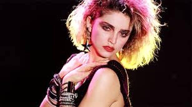 Madonna, pozează doar în lenjerie transparentă la cei 60 de ani (11)