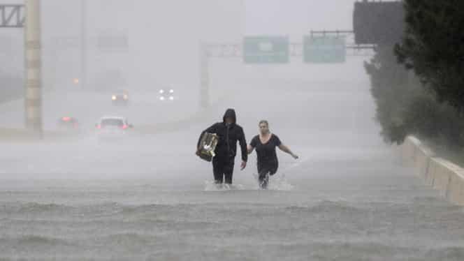 Harvey costă mai mult decât uraganul Katrina! Vezi cât va plăti fiecare american!