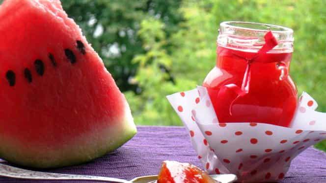 Rețeta zilei de 24 august. Dulceață de coajă de pepene roșu, un deliciu rafinat