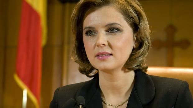 Cât de mult a transformat-o maternitatea pe Roberta Anastase! Cu ce se ocupă acum fostul președinte al Camerei Deputaților
