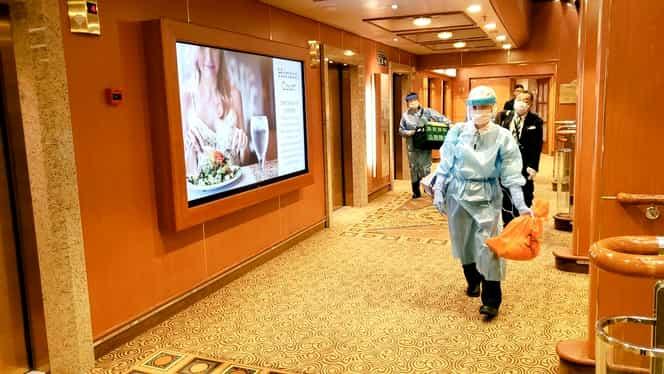 Numărul pasagerilor infectați cu coronavirus de pe Diamond Princess s-a dublat! Pe navă se află și 17 români