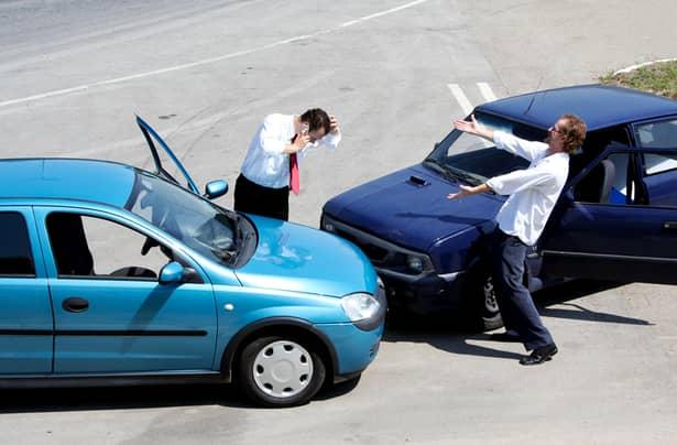 Anunț devastator pentru șoferi! Vei putea fi identificat în trafic dacă nu ai asigurare RCA