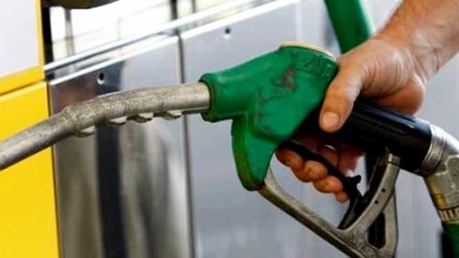 Alte scumpiri la pompă! Litrul de benzină a depăşit preţul de 6 lei!
