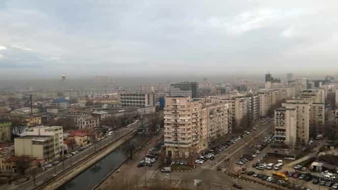 Poluare intensă în București, în ultimele zile, deși traficul rutier a fost foarte redus. Cum explică meteorologii fenomenul