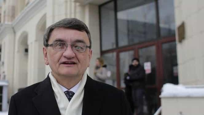 USR îi cere lui Victor Ciorbea să conteste la CCR ordonanța de urgență