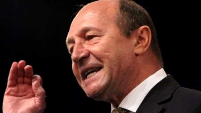 """Traian Băsescu acuză un posibil blat între Klaus Iohannis și Viorica Dăncilă! """"Aș ajuta-o să intre în turul doi"""""""