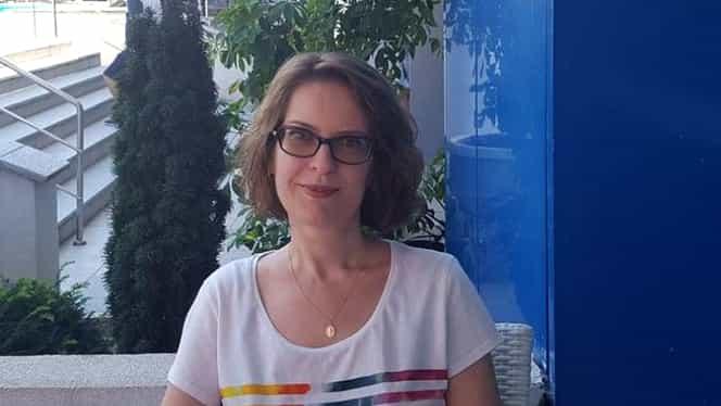 Cine este Antonia Enache, profesoara sedusă de preot
