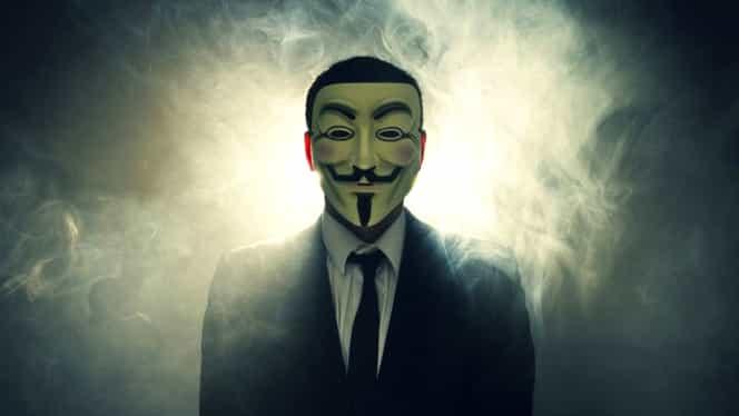 """VIDEO. Donald Trump, avertizat de Anonymous: """"Gîndeşte-te de două ori înainte să vorbeşti"""""""