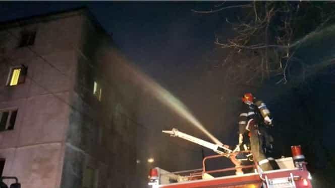 Un bărbat a murit carbonizat într-un incendiu din Iași. Video