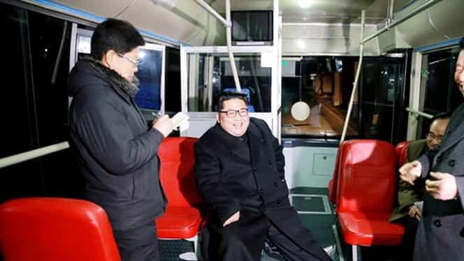 Imagini inedite din Coreea de Nord! Kim Jong-un a testat un troleibuz!