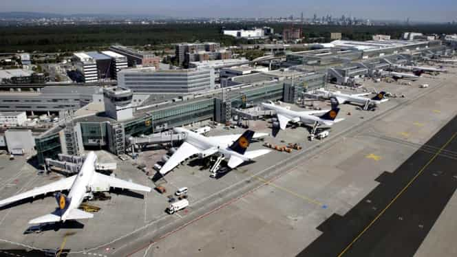 Momente de panică la bordul unei aeronave! Pompierii și ambulanțele au ajuns pe aeroportul din Timișoara