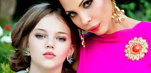 Creatoarea de modă Ingrid Vlasov radiază de fericire alături de fiica sa, Noelle