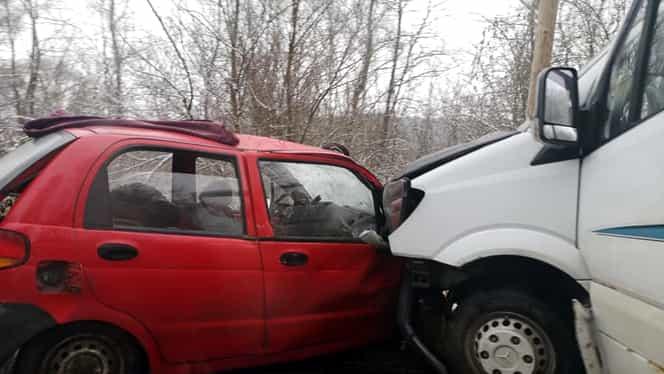 Două persoane au murit într-un grav accident rutier în județul Sibiu