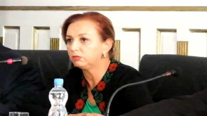 """Dana Varga, fosta consilieră a Vioricăi Dăncilă, vânzătoare de artificii: """"Nu-i o faptă rușinoasă să îți ajuți fiul"""""""