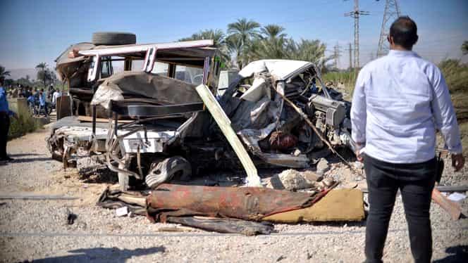 Carnagiu in Egipt: 18 persoane au murit după ce un camion a intrat în câteva mașini staționate