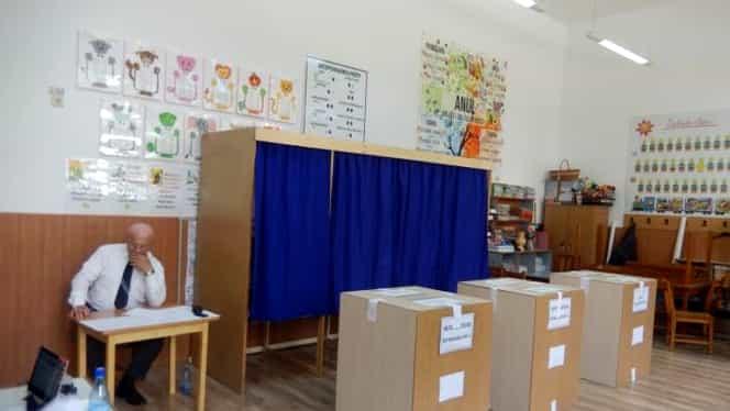 Secțiile de votare unde nimeni nu a mers să voteze duminică dimineața. Prezență scăzută în aceste județe