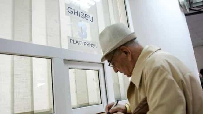 Noua lege care îi vizează pe pensionari. Cine se încadrează