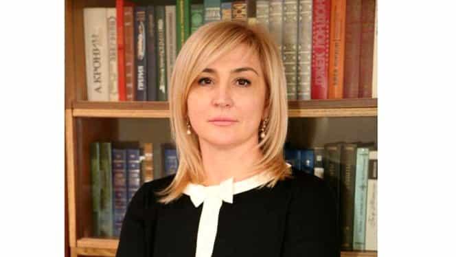 """Alla Pilipețcaia, mesaj de Crăciun pentru moldoveni. Deputatul socialist: """"Fericiun crecit!"""""""