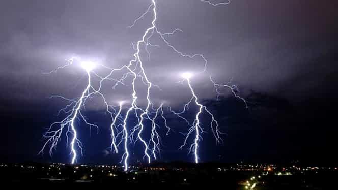 Prognoza meteo 20 septembrie. Ploi, intensificări ale vântului şi chiar grindină