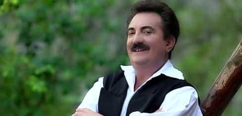 Câți bani ia, de obicei, Petrică Mâțu Stoian la o nuntă. Tariful este pentru o singură oră!