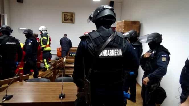 Un jandarm a fost găsit împuşcat în cap în sediul Jandarmeriei