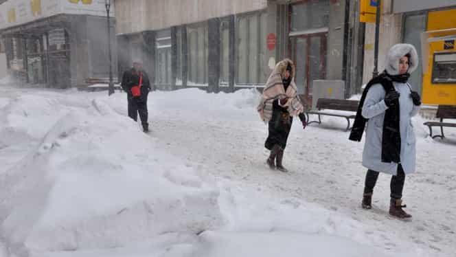 ALERTĂ ANM! Cod galben de viscol și zăpadă! Atenționare de vreme rea în 17 județe
