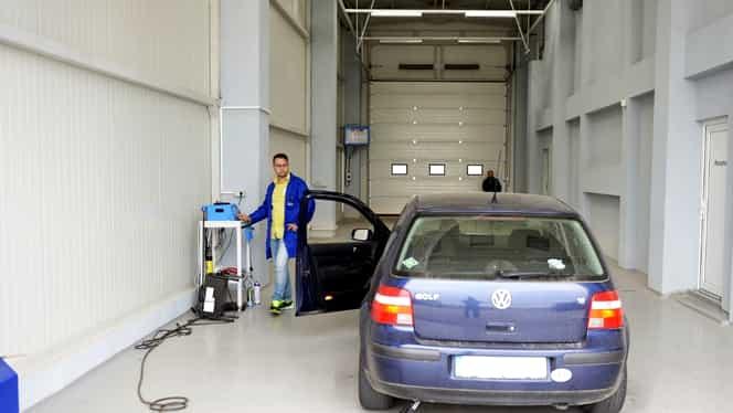 S-a votat! Vezi ce trebuie să facă în fiecare an proprietarii de maşini mai vechi de 12 ani!