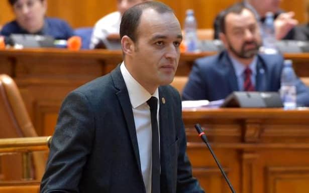 Deputatul Dan Vîlceanu a făcut public documentul prin care se anunță înghețarea majorării salariilor