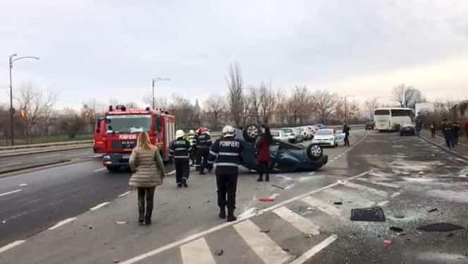Accident cu 3 mașini înainte de întâlnirea membrilor PSD în ședința CEx