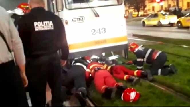 Tragedie în Bucureşti! Un tânăr a murit după ce a fost lovit de tramvai în timp ce traversa