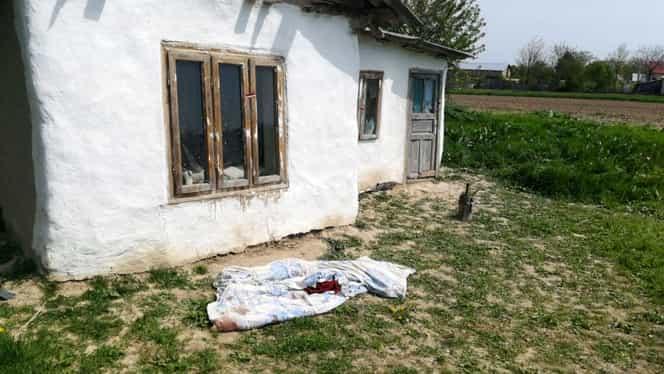 Femeie găsită moartă lângă concubinul beat! Anchetatorii nici măcar nu au putut vorbi cu bărbatul