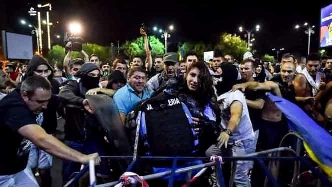 Primele imagini din spital cu jandarmerița rănită la proteste