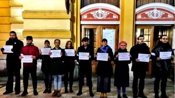 Actorii s-au solidarizat cu magistrații la protestul privind OUG 7! Ce mesaje au transmis