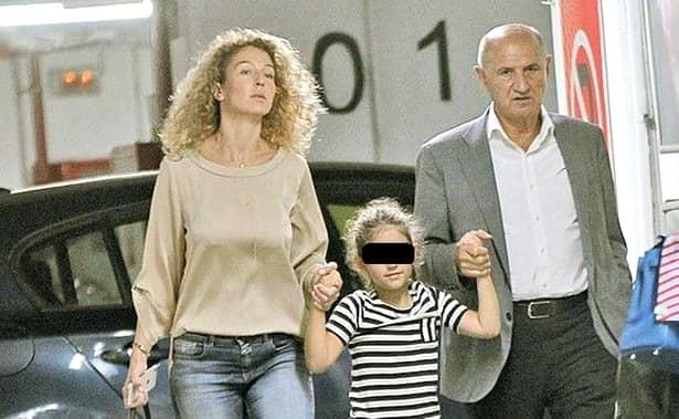 Cei doi au împreună o fetiță care s-a născut în 2011, Maria Daria. Aceasta este cea de-a doua fată a fostului patron de la Rapid.