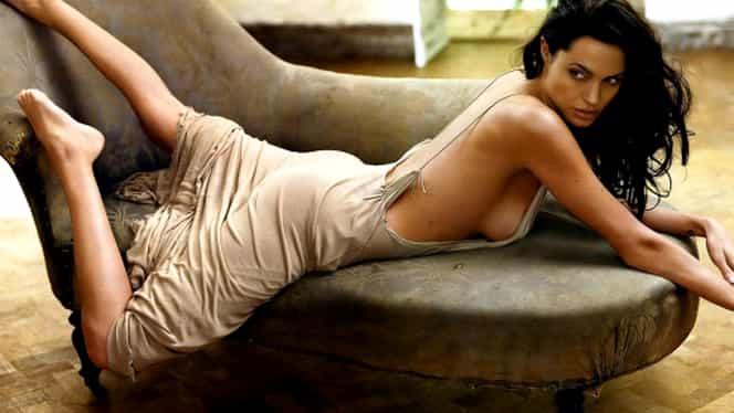 Scandalul sexual ia amploare la Hollywood! Angelina Jolie recunoaşte după 25 de ani că a fost şi ea agresată. GALERIE FOTO