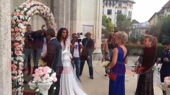 Poza zilei la nunta lui Mutu, cu selecţionerul, mireasa şi un stelist!