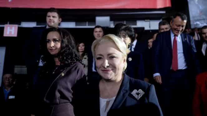 """Viorica Dăncilă şi-a făcut broşă specială pentru campania electorală: """"Inima românească"""". FOTO"""