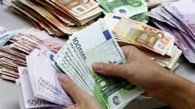 Curs valutar BNR azi, 31 decembrie 2018. Euro a crescut