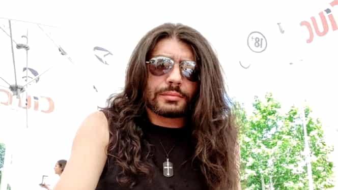 Chitaristul Bogdan Giurea a anunțat pe Facebook că se sinucide. Polițiștii au reușit să-l salveze
