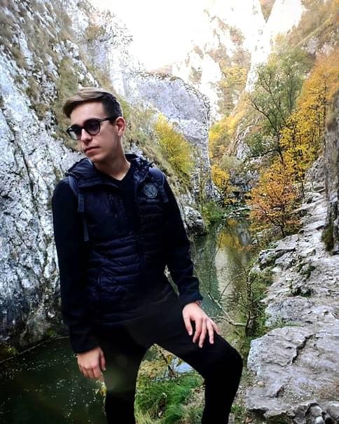 Vă mai amintiţi de Narcis Iustin Ianău, de la Românii au talent? Cum a ajuns să arate acum, la 8 ani distanţă de participare. FOTO