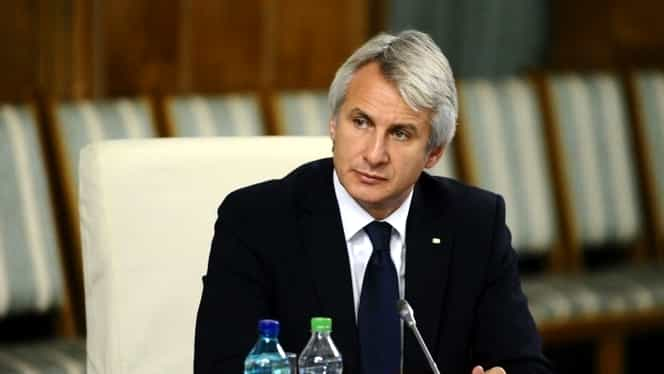 România votează pentru referendum, iar Guvernul ia în calcul legalizarea prostituției și a drogurilor. Anunțul lui Teodorovici!