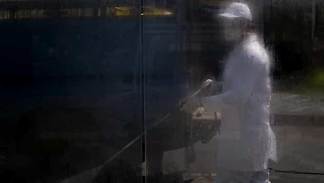 Cazul din Wuhan care aruncă lumea medicală în aer! Bărbat mort după ce s-a vindecat de coronavirus