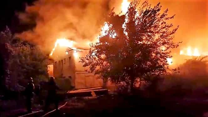 Cernavodă, prins în flăcări! Doi bărbați au murit în propria locuință
